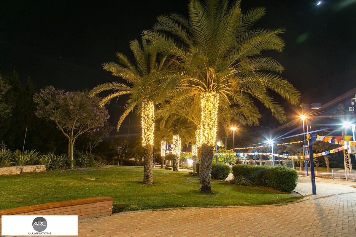 CITY LIGHTING ORNAMENTS