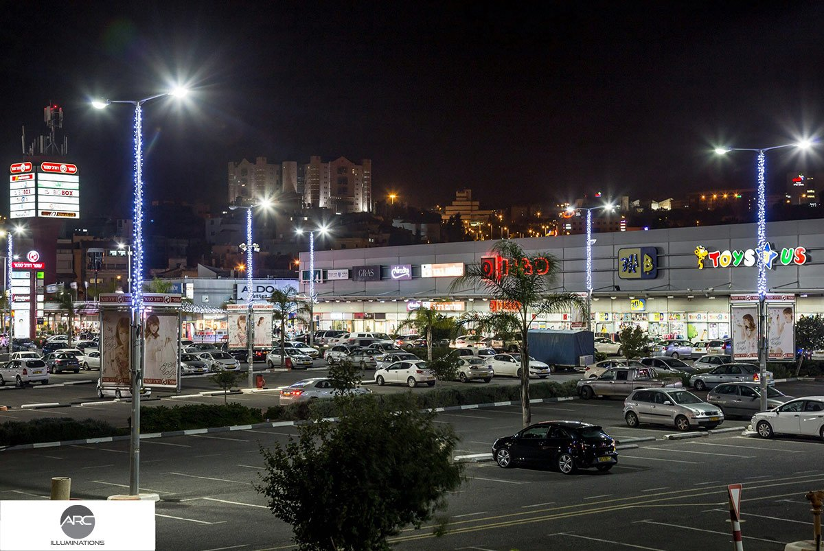 Nazareth Mall Shopping Center lighting decorations (3)