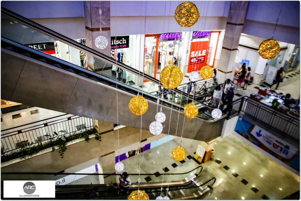 OR YEHODA MALL - LIGHTING DECORATIONS