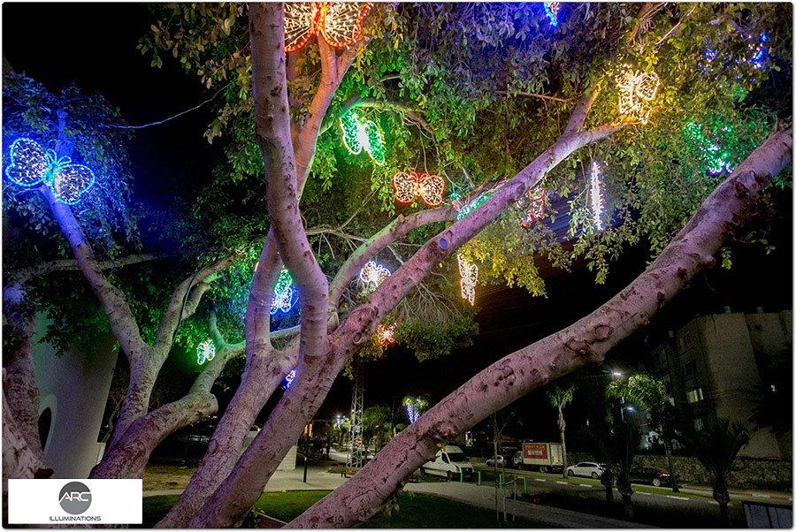 The Butterflies Tree light ornaments (3)