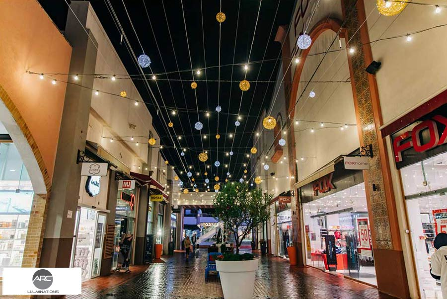 Lighting-Decorations - Mall-Ho4f