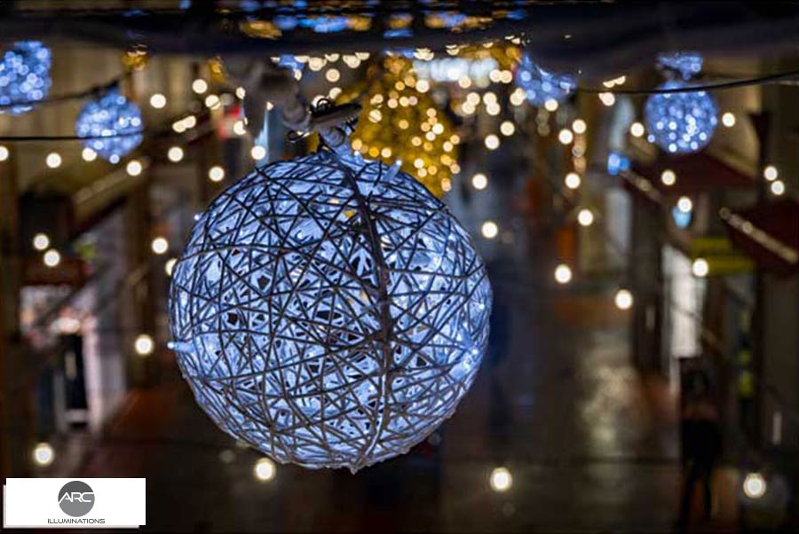Lighting-Decorations - Mall-Hof9