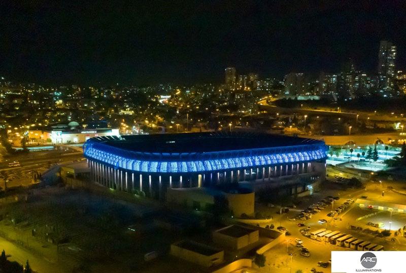 Teddy Stadium pixle led (1)