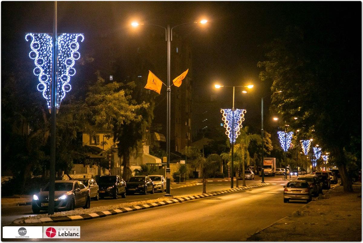 City Lampost Decoration (5)