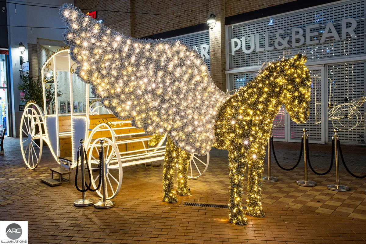large outdoor lighted sculptures